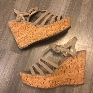 Steve Madden Wedge Sandal - Size 8.5